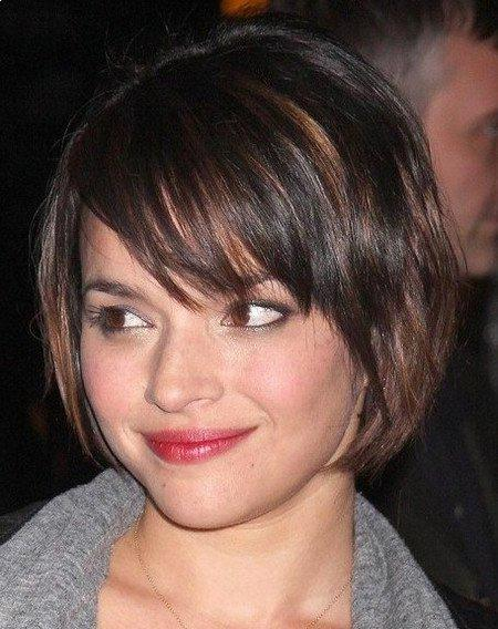Other short hairstyles for women includes the top to make hair.