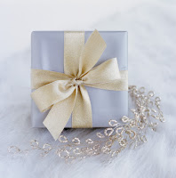 gift Spoiled Prettys Holiday Gift Guide