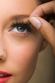 false+eyelashes Makeup Mondays With Mario: How To Apply False Lashes