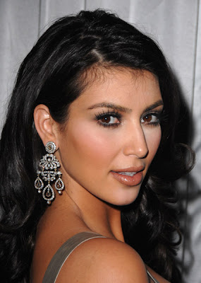 KimKardashian Kim Kardashians Video Makeup Lesson: Part III, Finish The Eyes
