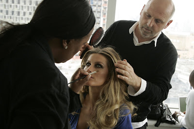 max+factor+Gisele Gisele Is The New Face of MAX Factor