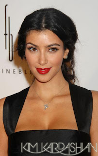 kim+kardashian+red+lip Kim Kardashians Shade of Red