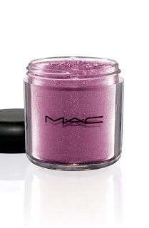 Kitty Pigment ReflexBerryPink 300 Coming Soon: MAC Hello Kitty Collection