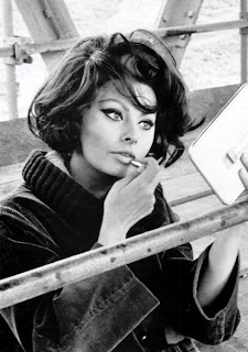 sophia+loren The Beauty Girls Weekend Read