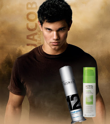 jacob+black+taylor+lautner+new+moon+wallpaper+copy Taylor Lautners Must Have Hair Products