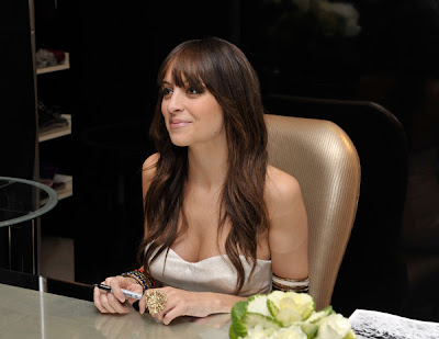 nicole+richie+brunette+hair+2 Nicole Richie Shows Off Brunette Do at Bloomingdales