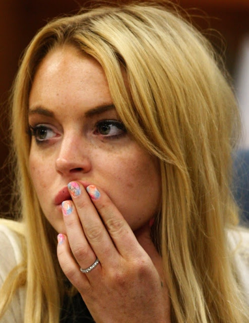 lindsay+lohan+manicure+nail+polish+court+3 Lindsay Lohans Profane Nail Polish Shows Contempt for Court