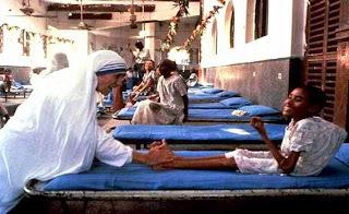 Oggi 12 ° anniversario  della morte di Agnes Gonxha Bojaxhiu (Madre Teresa)