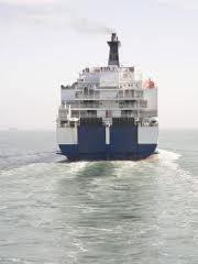 5 traghetti  della linea Italia Albania vengono bloccati perchè insicuri