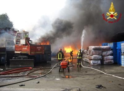 L'esplosione ditta a Paderno Dugnano  ha scosso l'Albania