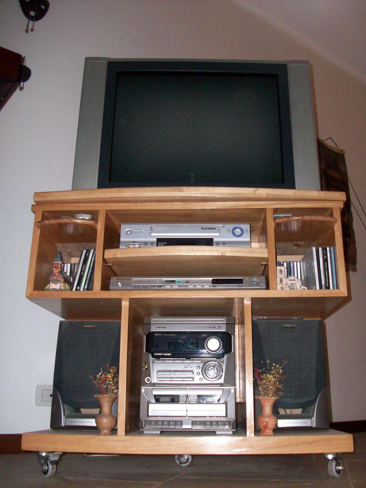 Carpinteria Hansimon Mesa Para Televisor Giratoria