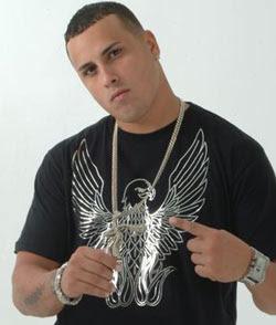 """En """"The Black Carpet"""" Nicky Jam se acompaña de magistrales productores del género urbano como Nelly """"El arma secreta"""", Los Magníficos, Mambo Kingz, ..."""