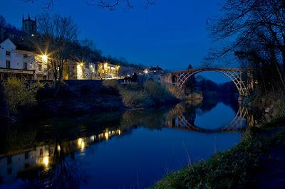 iron-bridge-night