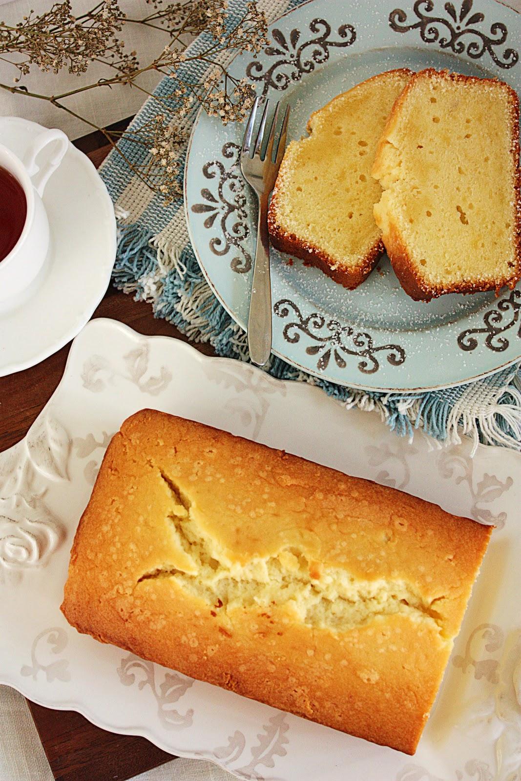 Cherry On A Cake Martha Stewart S Cream Cheese Pound Cake