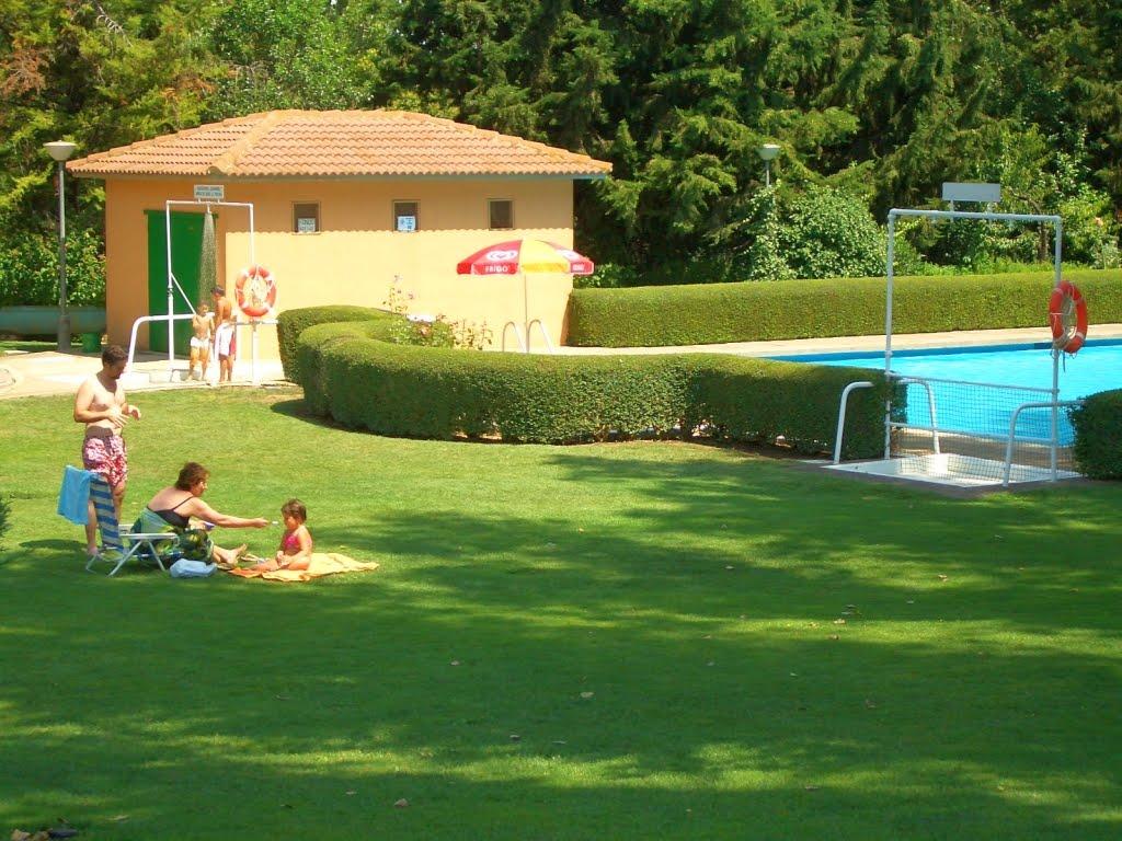 Campings zaragoza camping bolaso sendaviva bardenas reales - Camping en navarra con piscina ...