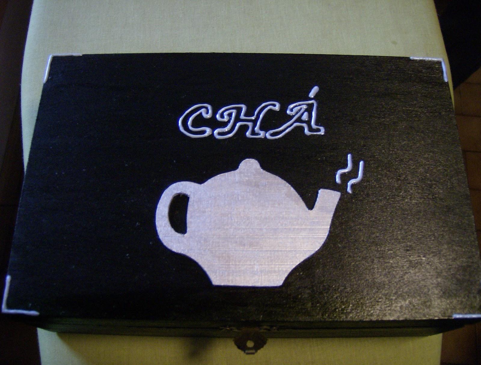 caixa de chá rectangular sem divisórias com aplicação de madeira  #33386F 1600x1216