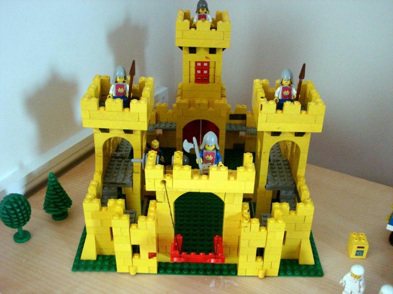 [LEGO375_YellowCastle_1978]