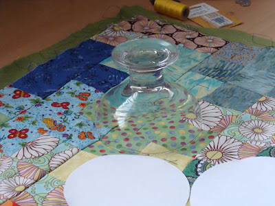 cirkels tekenen op sticker en plakken op quilt