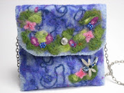 Cottage Rock Wall Purse