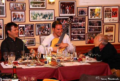 Els Arjau amb el mestre Josep Bastons
