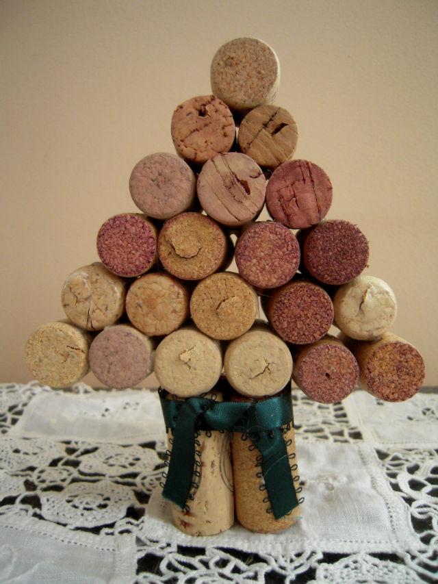 marvelously messy wine cork christmas tree. Black Bedroom Furniture Sets. Home Design Ideas