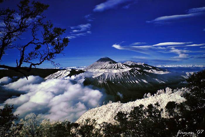 Pegunungan jayawijaya adalah nama untuk deretan pegunungan yang