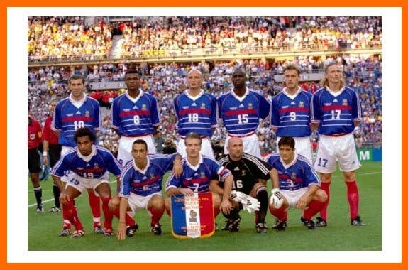 Les bleus chion du monde ce 12 juillet 1998 en balayant le
