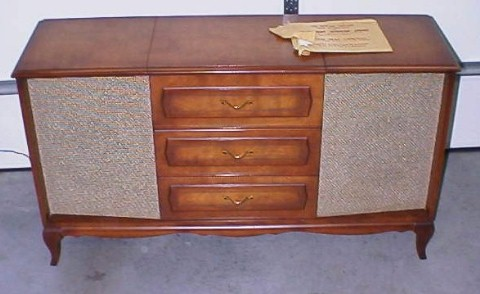 Yamaha Dt 125 In Rawalpindi 427687 as well DGVsZWZ1bmtlbiBjb25zb2xl in addition Mid Century German Made Telefunken moreover 51374 Vintage Console Stereo also Mid Century Console Stereo. on telefunken console radio record player
