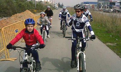 infantiles ciclismo sant boi escola