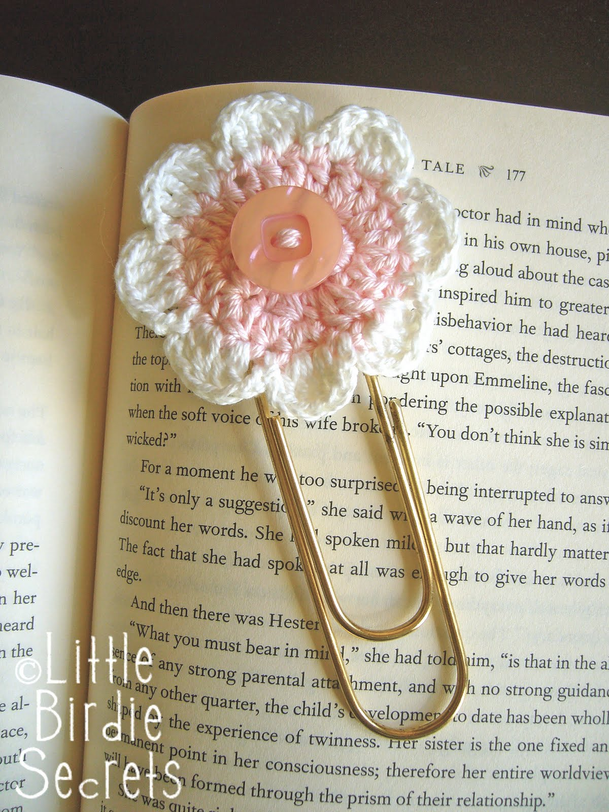 Free Crochet Bookmark Patterns : seven-petal crochet flower pattern Little Birdie Secrets