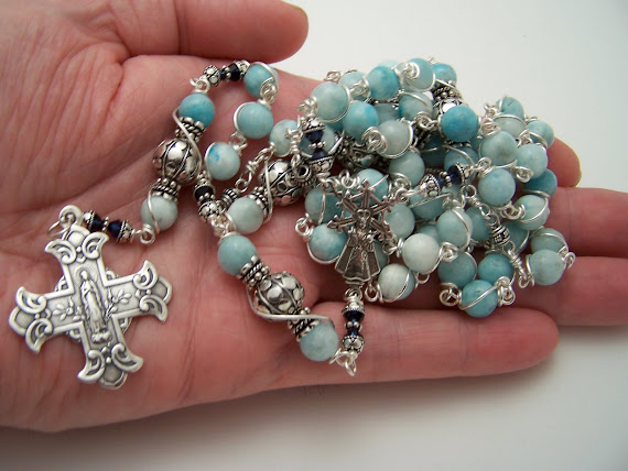 (SOLD) Rosary-Sacred Heart of Jesus/Virgin Mary (NEW)