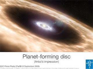 Impresión artística de discos de formación planetaria