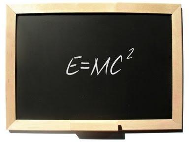 Pizarra E=MC2