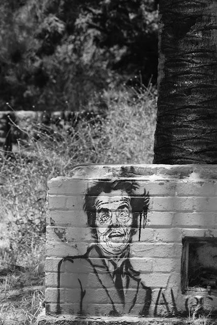 runyan canyon hike los angeles hollywood gardner graffiti spray can art