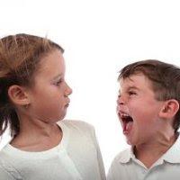 anak menggigit agresif