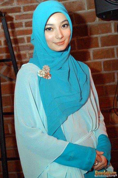 Kreasi Memakai Jilbab Cantik