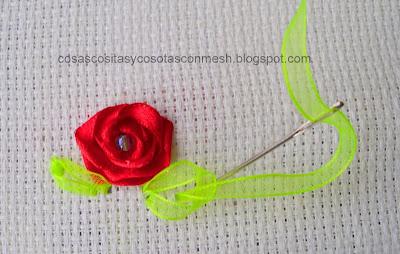 ♥ Rosas bordadas en cinta ♥ IMG_0471