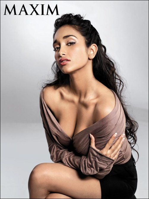 Bollywood Hot Actress : Jiah Khan Maxim Magazine December 2008 Hot and Sexy Photo Shoot