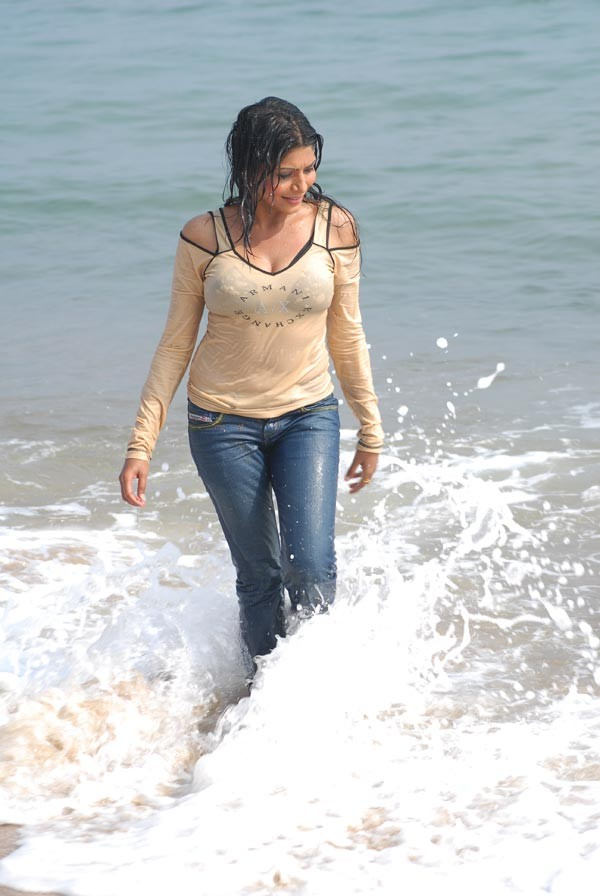 South Celebrity,Celebs,Namitha Pictures,Nayanthara,matrimonial south indian,Shriya Sharan,Parvait Melton,Charmy,Vidisha,Sneha,Gurleen Chopra,Malavika,Trisha Pictures Gallery,Genelia,Monalisa,Photo Galleries,Cine South Pictures,Illyana,Sada,Pictures of Sangavi, Meena, Simran,Anushka,Priyamani,Heera