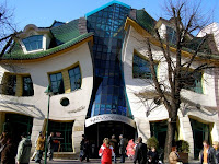 Crooked house in Poland01