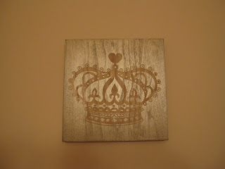 Crown Metallic and Wood Art