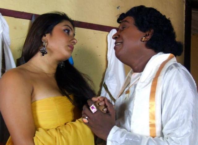 http://3.bp.blogspot.com/_Vk2ir6UMOjY/TOeKcITz50I/AAAAAAAAHzY/12fBynPAlDI/s1600/Vadivelu-and-Actress-Namitha-in-Jegan-Mogini-Tamil-Movie.jpg