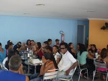 Walmir do Carmo e alunos de Teatro de Itagibá