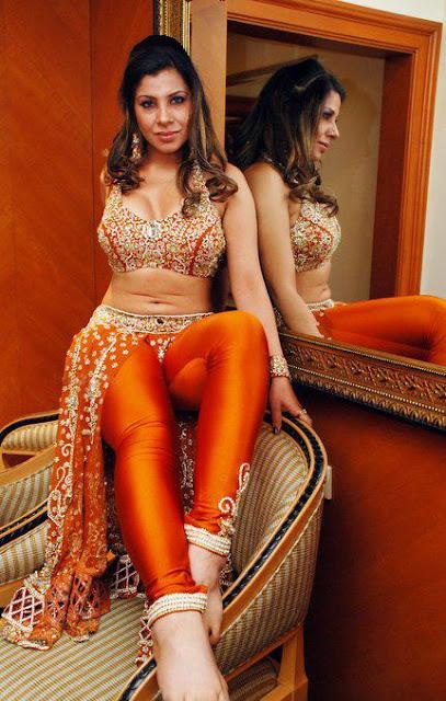 Bollywood HoT icon- Sambhavna Seth