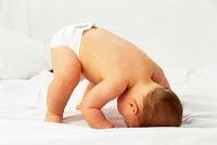 Kız / erkek bebek bakımı farkı – Popo temizliği