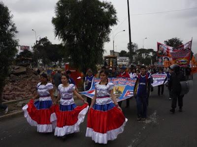 Las  Pa  Eras De Las CAPC De San Miguel Con Trajes T  Picos Cubanos