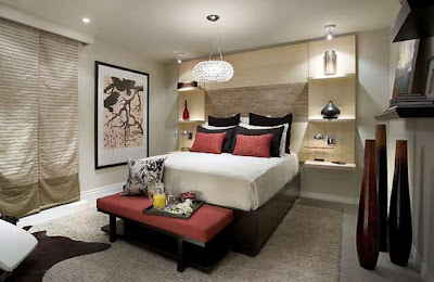 Minimalism, too, can be elegant! The neutral natural color of the bedroom complements a passionate red