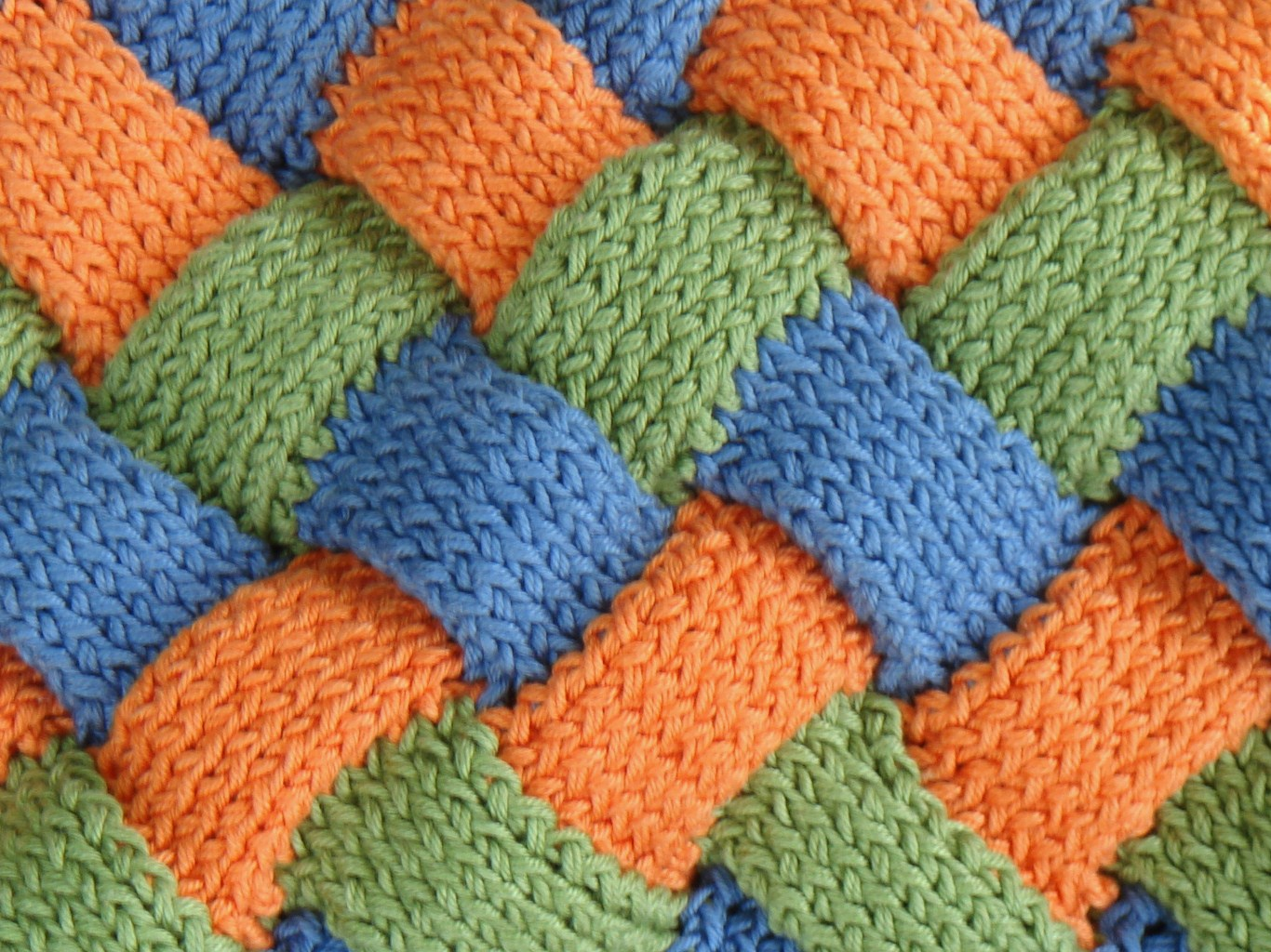 Complicated Knitting Stitches : gunksdesigns: Entrelac Stitch Blanket