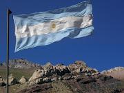 Ha sido el pensador de la Revolución y de la sociedad de aquel tiempo, . bandera de argentina en los andes