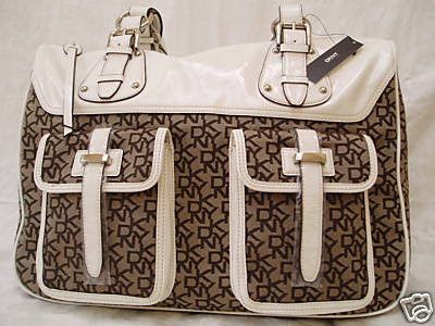 Dkny Handbags on Go    Style Is Forever   Dkny Large Signature Logo Bag Town   Country